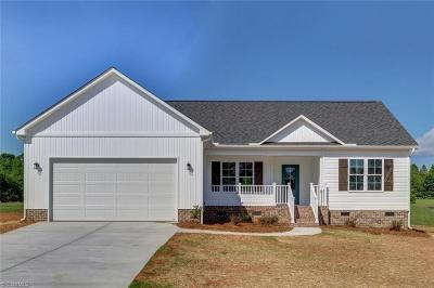 Reidsville Single Family Home For Sale: 2720 Reid School Road