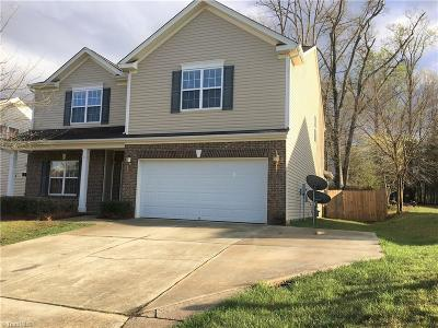 High Point Single Family Home For Sale: 3702 Village Springs Drive