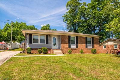 Greensboro Single Family Home For Sale: 2310 Glenhaven Drive