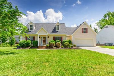 Alamance County Single Family Home For Sale: 504 Hill Lane