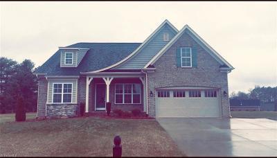 Advance NC Single Family Home For Sale: $449,900