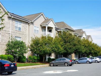 Winston Salem Condo/Townhouse For Sale: 4455 Brassfield Drive #104