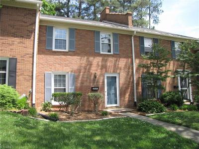 Winston Salem Condo/Townhouse For Sale: 3949 C Valley Court