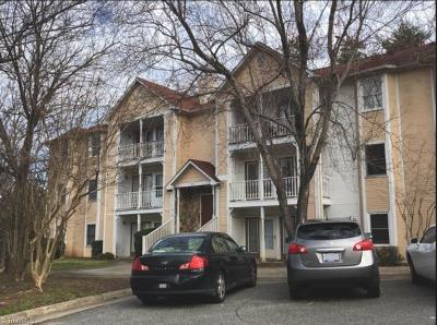 Greensboro Condo/Townhouse For Sale: 3107 Darden Road #E