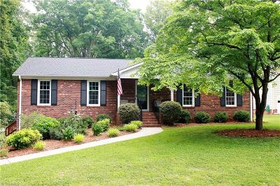 Kernersville Single Family Home For Sale: 401 Valleymeade Drive