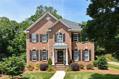 Winston Salem Single Family Home For Sale: 540 Ashbry Run Drive