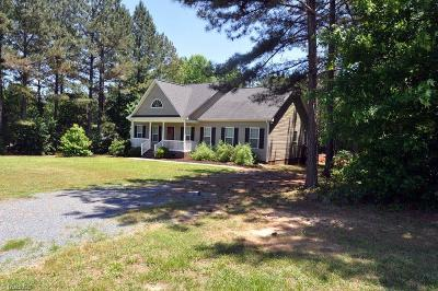 Asheboro NC Single Family Home For Sale: $154,000