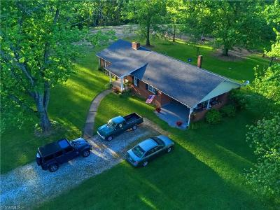 Single Family Home For Sale: 668 Round Peak Church Road