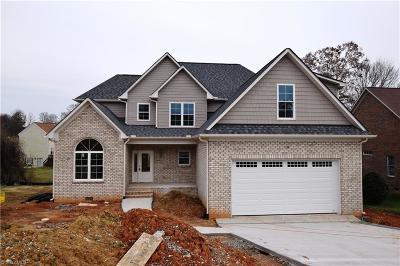 High Point Single Family Home For Sale: 4032 Stillbrook Lane