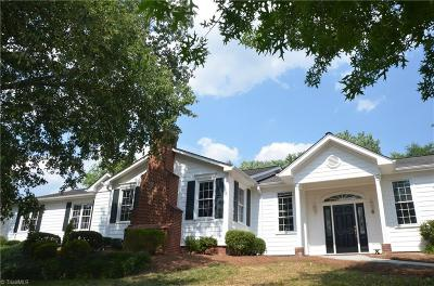 Clemmons Single Family Home For Sale: 1350 Glen Oaks Road