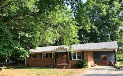 Lexington Single Family Home Due Diligence Period: 303 Stratford Road