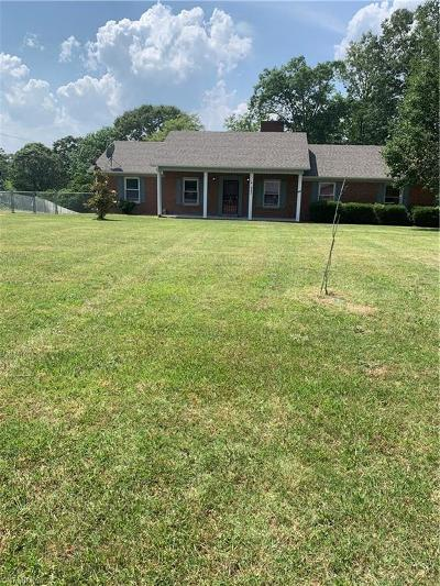 Davidson County Single Family Home Due Diligence Period: 843 Old Greensboro Road