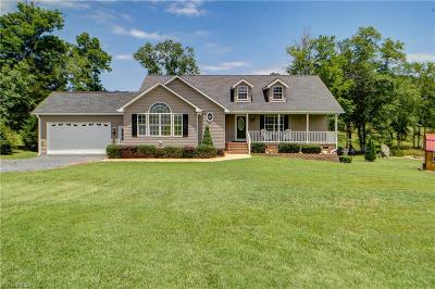 Asheboro Single Family Home For Sale: 2547 Cordie Drive