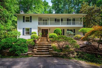 Winston Salem Single Family Home For Sale: 590 Knob View Drive