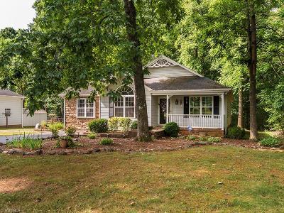 Burlington Single Family Home For Sale: 2865 John Lewis Road