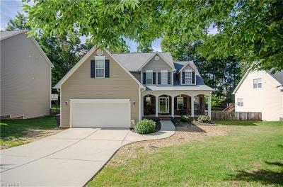 High Point Single Family Home For Sale: 2281 Glen Cove Way
