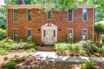 Greensboro Single Family Home For Sale: 3600 Wynnewood Drive