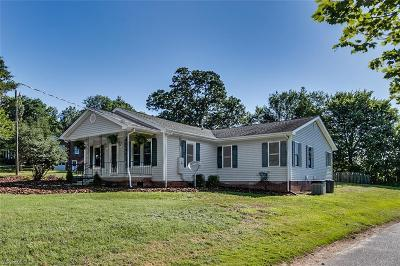 Randleman Single Family Home Due Diligence Period: 2034 Wicker Lovell Road