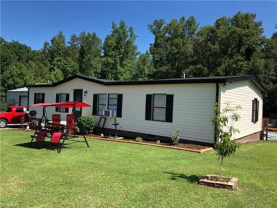 Thomasville Manufactured Home For Sale: 284 Berrier Lane