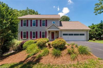Kernersville Single Family Home For Sale: 1700 Avenbury Court