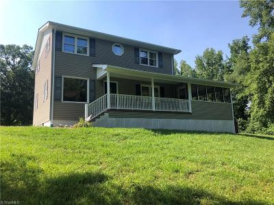 Surry County, Yadkin County, Davie County, Stokes County, Forsyth County, Davidson County, Rockingham County, Guilford County, Randolph County, Caswell County, Alamance County Single Family Home For Sale: 1160 County Home Road