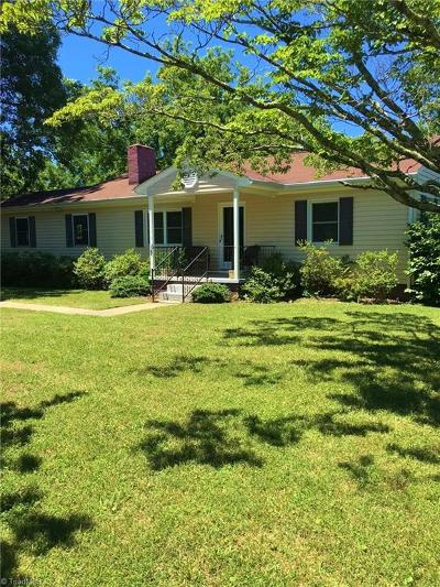 Browns Summit Single Family Home For Sale: 5425 Yanceyville Road