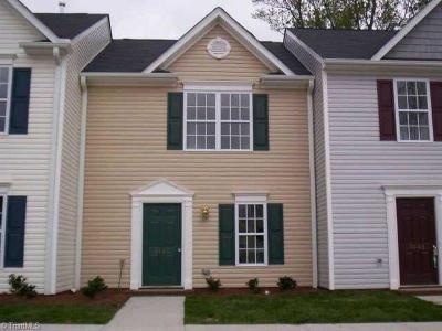 Greensboro Condo/Townhouse For Sale: 3841 Hickswood Creek Drive