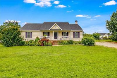 Greensboro Single Family Home For Sale: 106 Whitestone Drive