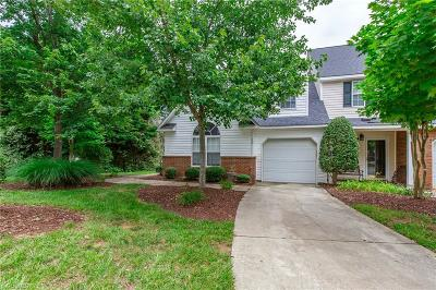 Greensboro Condo/Townhouse For Sale: 15 Satterfield Place