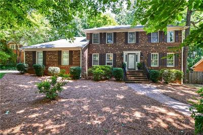 Greensboro Single Family Home For Sale: 3402 Wynnewood Drive