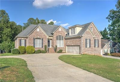 Kernersville Single Family Home For Sale: 5019 Sheffield Place