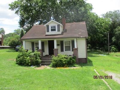 Madison Single Family Home For Sale: 605 W Decatur Street