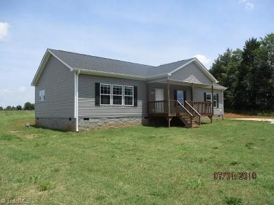 Mocksville Single Family Home For Sale: 1200 Woodward Road