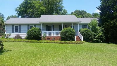 Summerfield Single Family Home For Sale: 671 Glencoe Church Loop