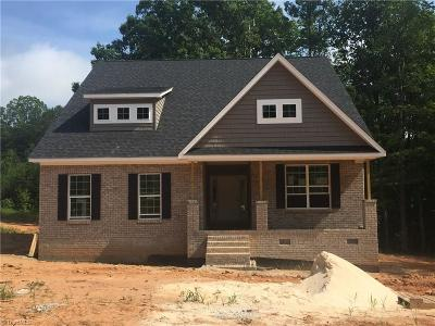 Stokesdale Single Family Home For Sale: 7512 Quail Crossing Road