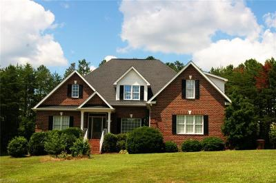 Greensboro Single Family Home For Sale: 4703 Bell Tower Court