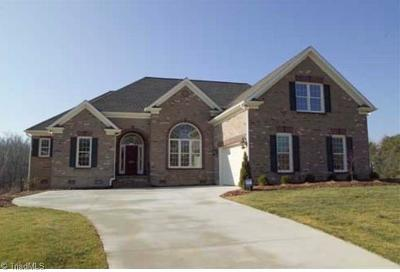 Mocksville Single Family Home For Sale: 129 Arrendal Court