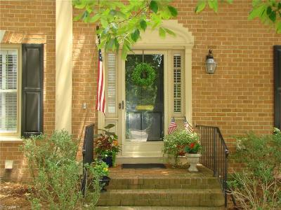 Greensboro Condo/Townhouse For Sale: 404 Fisher Park Circle #B