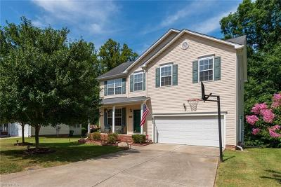 Greensboro Single Family Home For Sale: 3383 Valley Crossing Drive