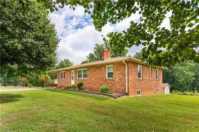 Kernersville Single Family Home For Sale: 2569 Bethel Church Road