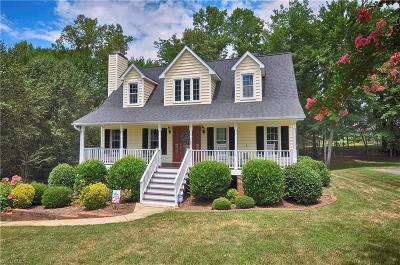 Surry County, Davie County, Yadkin County, Stokes County, Forsyth County, Davidson County, Rockingham County, Guilford County, Randolph County, Caswell, Alamance County Single Family Home For Sale: 720 Somerset Drive
