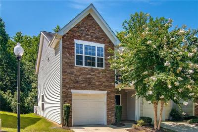 Winston Salem Condo/Townhouse For Sale: 2275 Hartfield Circle