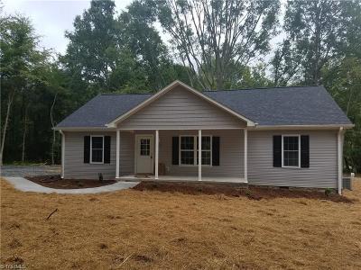 Single Family Home For Sale: 199 Conestoga Way