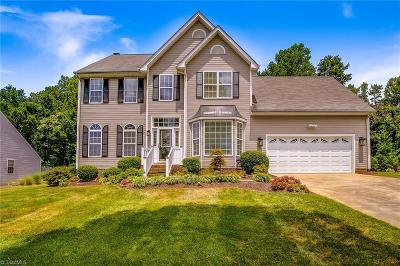 Greensboro Single Family Home For Sale: 3802 Northumberland Drive