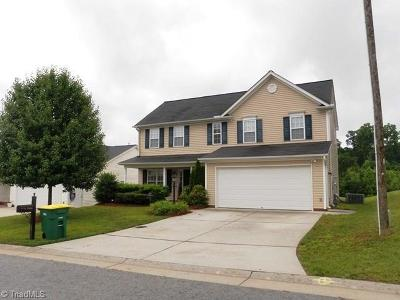 Clemmons Single Family Home For Sale: 5886 Sunny Ridge Trail