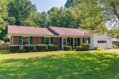 Greensboro Single Family Home For Sale: 2004 Fawnbrook Drive