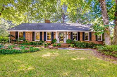 Sherwood Forest Single Family Home For Sale: 201 Stanaford Road