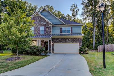 Greensboro Single Family Home For Sale: 8 Harbor Glen Court