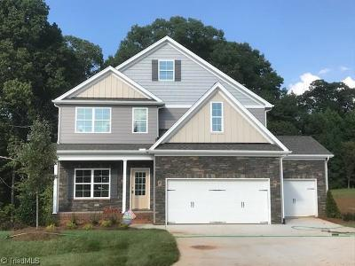 Walkertown Single Family Home For Sale: 335 High Knoll Drive #Lot 85