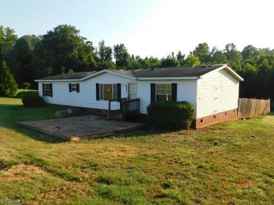 Browns Summit Manufactured Home For Sale: 7024 McLeansville Road